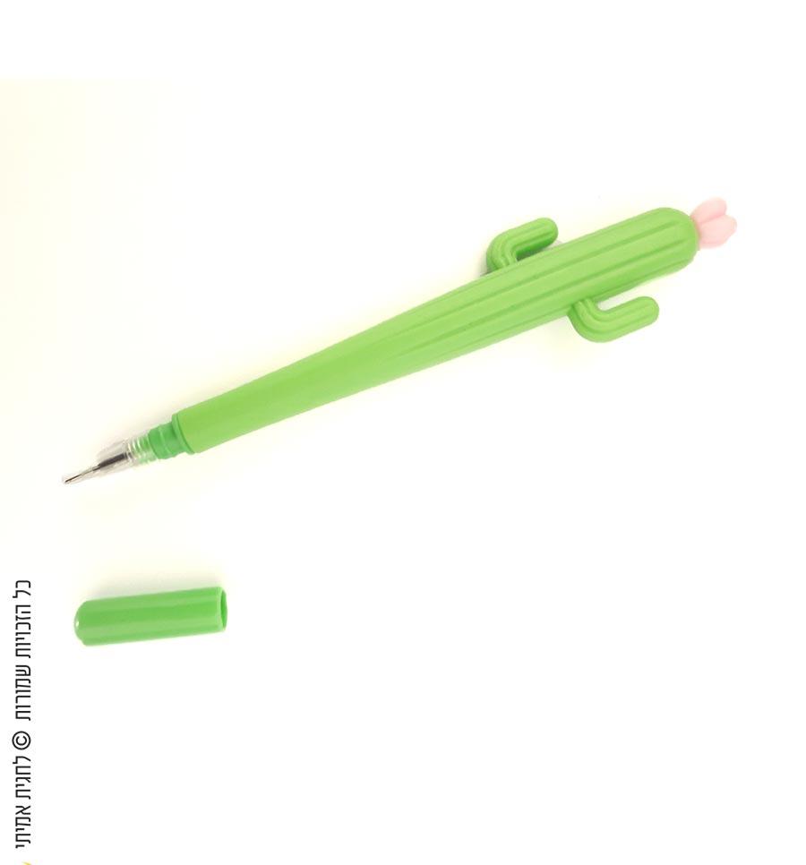 עט קקטוס עם פרח ורוד
